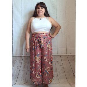Fate by LFD HighRise Pink Floral Crop Boho pants